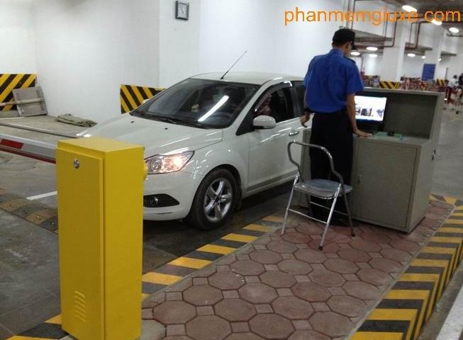 lắp đặt máy giữ xe giá rẻ nhất